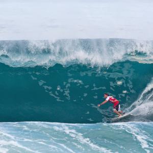 Andy Irons coasting through Pipe. Image: Cestari