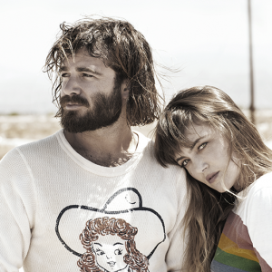 ANGUS_&_JULIA_WASHED_OUT_HIRES_s