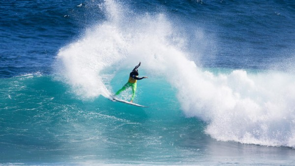Defending men's event champ Michel Bourez (PYF) power carves last year at Margaret River. PHOTO: WSL/Kelly Cestari