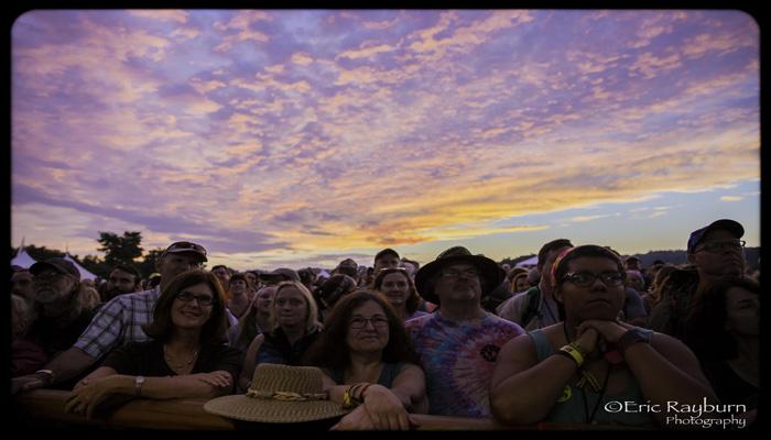 SunsetCrowd